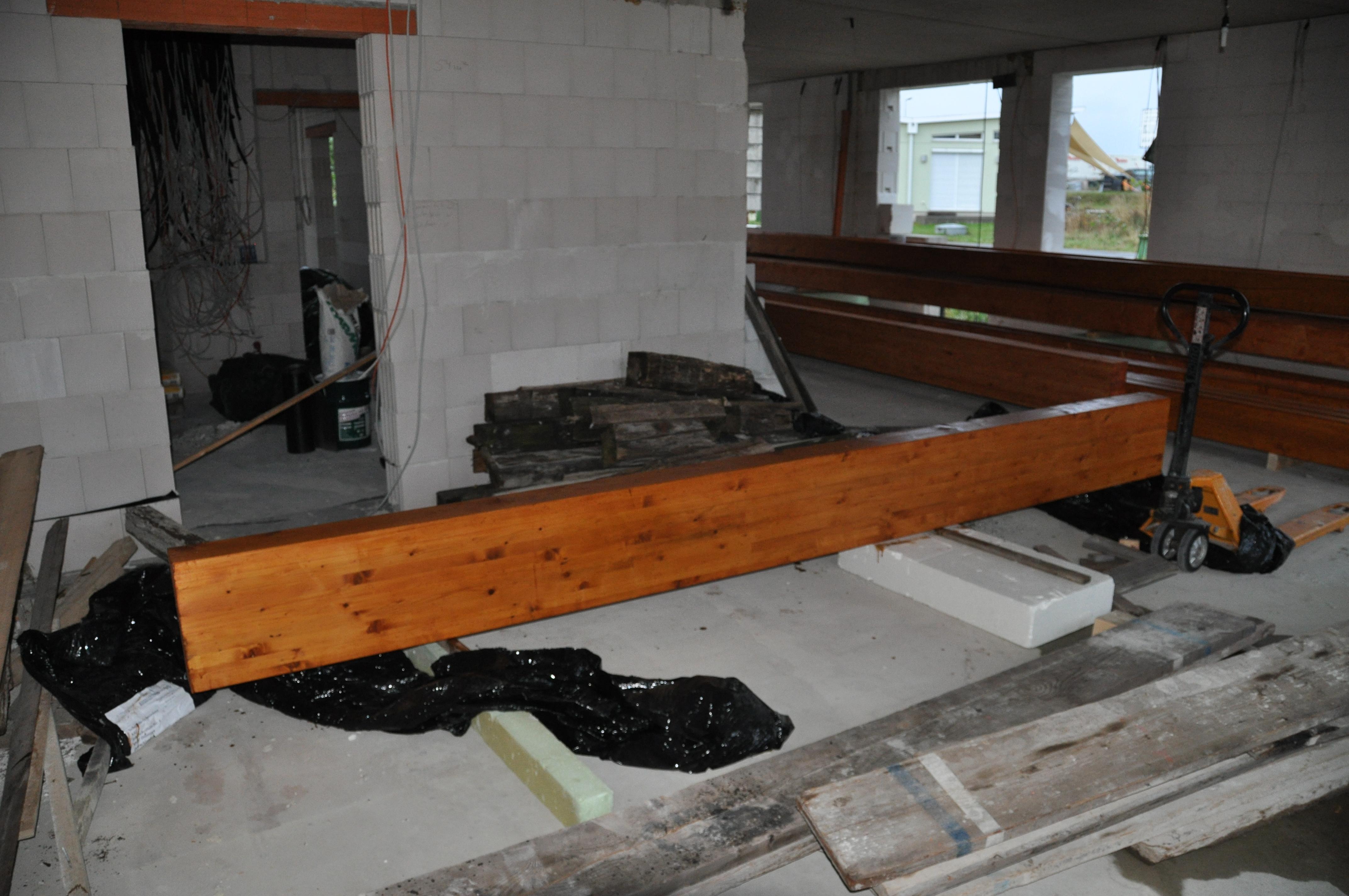 balken f r den dachstuhl vorbereiten haus im selbstbau. Black Bedroom Furniture Sets. Home Design Ideas
