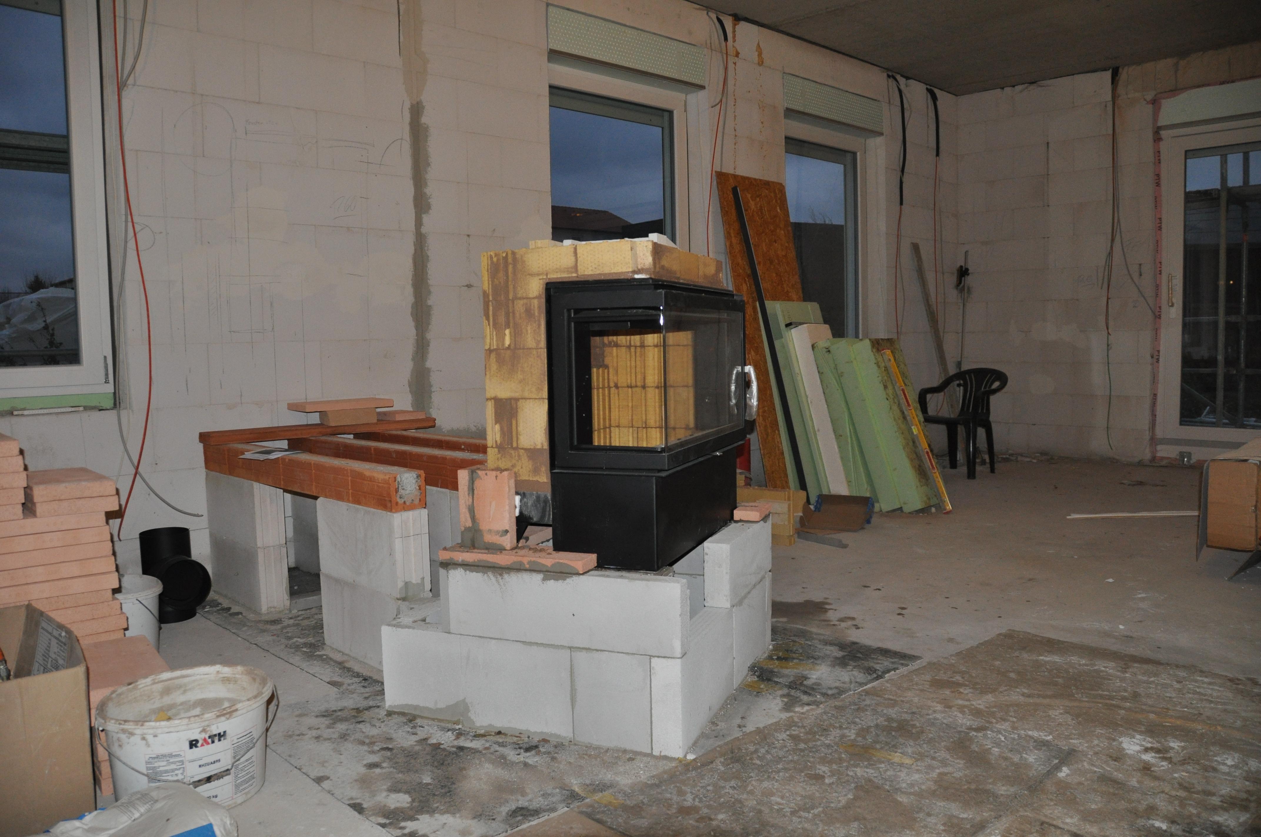 fortschritte beim kachelofen haus im selbstbau. Black Bedroom Furniture Sets. Home Design Ideas